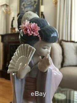 1978 LLADRO Chrysanthemum TIMID GEISHA GIRL # 4990 Figurine ExCond