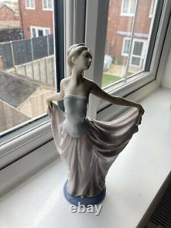 1979 Lladro Daisa Figurine 5050 The Dancer Woman Ballerina