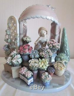 2 Large Lladro Figurines Flowers of the Season & Romantic Feelings 30% Off RRP