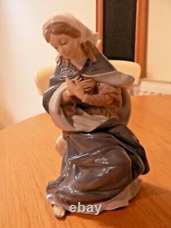 A Stunning Lladro Boxed Set Of Mary, Joseph, The Baby Jesus. 1386,1387,1388. Mint