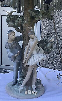 Beautiful Large Lladro Ballerina And Clown Figurine Lamp With Shade- Working