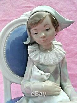 LARGE 1st QUALITY LLADRO BOY ON CHAIR 1229 YOUNG HARLEQUIN FIGURINE PERFECT