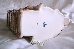 LLADRO LADY Sewing EMBROIDERER no 4865 beautiful piece 1994(382715719050)