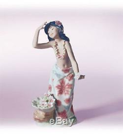 LLADRO Porcelain ALOHA (01001478)