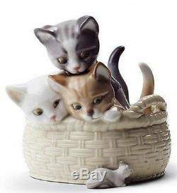 LLADRO Porcelain CURIOUS KITTENS 01008693