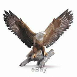 LLADRO Porcelain FREEDOM EAGLE 01009245 Size 48x57 cm Height 19