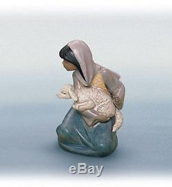 LLADRO Porcelain Gres Finish LOST LAMB (nativity) (01012283)