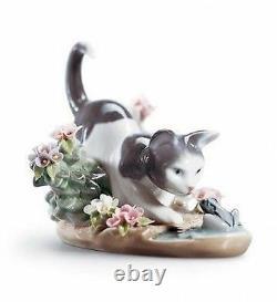 LLADRO Porcelain KITTY CONFRONTATION (01001442)