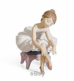 LLADRO Porcelain LITTLE BALLERINA I 01008125