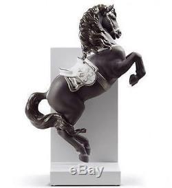 LLADRO Porcelain Re Deco Finish HORSE ON PIROUETTE 01008721