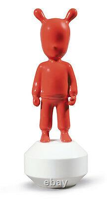 LLADRO Porcelain THE RED GUEST LITTLE 01007734 Size 30x11 cm Height 11¾