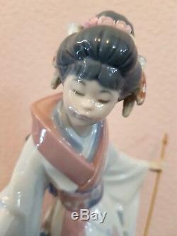LLADRO'TERUKO' JAPANESE GEISHA ORIENTAL LADY No. 1451 LARGE FIGURINE/FIGURE