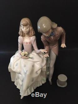 LLadro Courting Time. 5409. Retired 1989. 8.5'