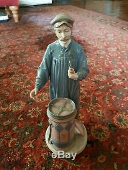 LLadro Tall Man With Pipe Large Figure'Predicting the Future