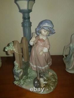 Ladro figures