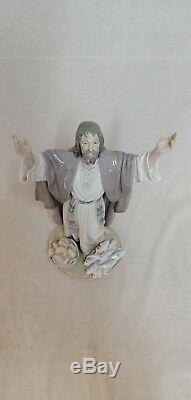 Large LLADRO model 5896 figure of Jesus Christ The Loaves and Fishes. RETIRED