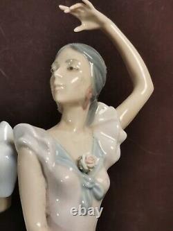 Large Lladro Ole' Flamenco Dancers Figurine 5601