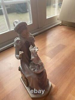 Large lladro figurines