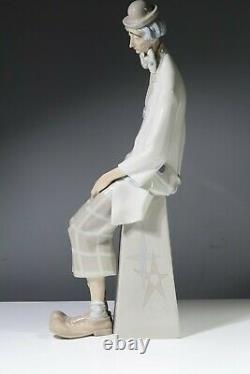 Lladro 1027 Clown with Concertina AA