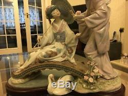 Lladro 1445 Springtime In Japan Porcelain Figurine With Wood Base