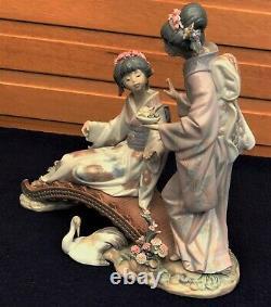 Lladro 1445 Springtime in Japan Two Geisha Girls on Bridge. Crane Under Bridge