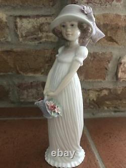 Lladro 2004 Event Piece #08022 Little Lady BNIB Rare