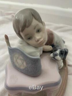 Lladro #6027 Jewish Boy With His Dog On Chanukah Figurine