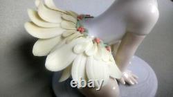 Lladro 6691 Oopsy Daisy Girl With Daisy Flower Petal Skirt