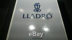 Lladro #6758 DRIFTING THROUGH DREAMLAND Figurine 010.06758 Very Rare