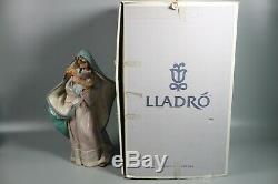 Lladro Adoring Mother Madonna Child Mary Jesus Nativity Bisque Figurine 2235