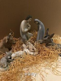 Lladro And Nao Nativity Figures