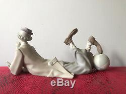 Lladro Clown Laying Down With Beach Ball Figurine 14.5