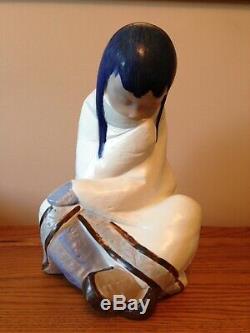 Lladro Eskimo Girl