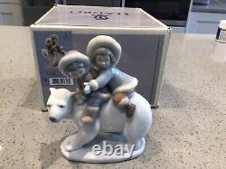 Lladro Eskimo Riders Figurine 5353 Two Inuit Children on a Polar Bear With Box