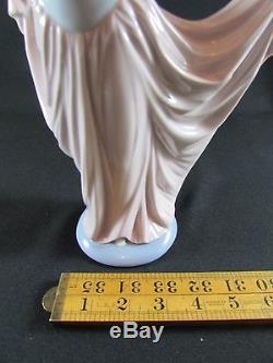 Lladro Figure Dancer #5050 c. 1979