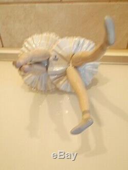 Lladro Figure Dress Rehersal 5497. Boxed