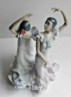 Lladro Figure Group OLE Spanish Dancers