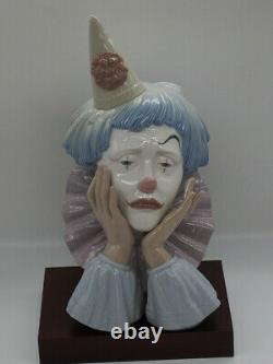 Lladro Figurine Clown Jester 5129 by Jose Puche 1982 Made in Spain