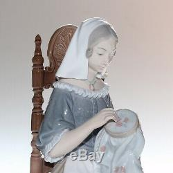 Lladro Figurine, Insular Embroideress, 4865