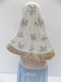 Lladro Figurine Lady From Majorca Mallorquina Tall Figure In Box