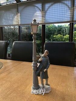 Lladro Figurine, Lamplighter, 5205, Boxed