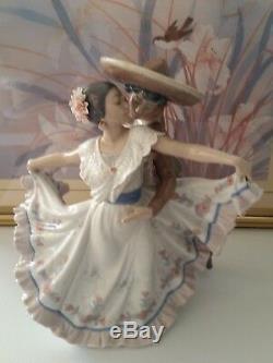 Lladro Figurine Mexican Dancers #5415