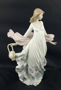 Lladro Figurine Spring Splendor Girl with Flower Basket Model No. 5898
