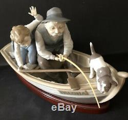 Lladro Fishing With Gramps. 5215. With stand