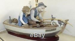 Lladro Fishing with Gramps. 5215. 15.25'' wide