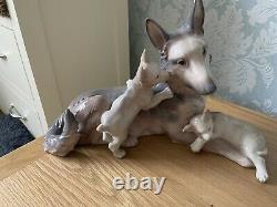 Lladro German Shepherd With Puppies 6454 RARE