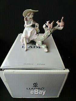 Lladro Girl Feeding Squirrels Springtime Friend 6140 in Original Box