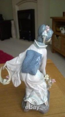 Lladro Japanese MICHIKO 01001447 immaculate condition with box, RETIRED RARE