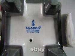 Lladro Kiyoko 7 1/2 Figurine, In Original Box