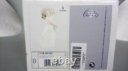 Lladro Little Daisy #8041 Little Girl Holding A Basket Of Daisies # Boxed #